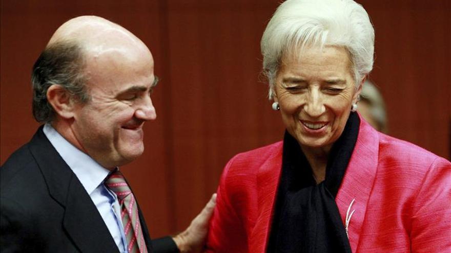 El FMI vuelve a elevar sus pronósticos para España, hasta un 2 % en 2015