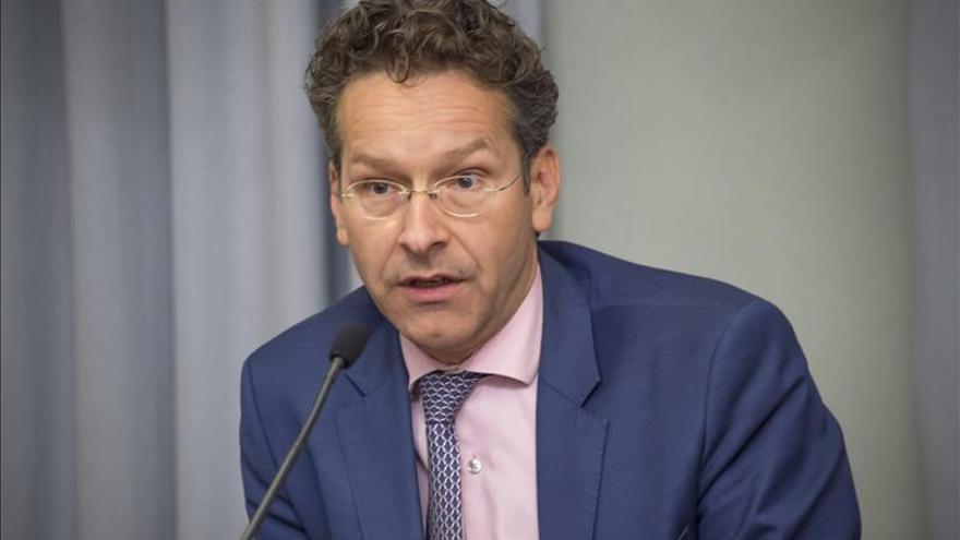 Dijsselbloem propondrá retrasar a julio la votación del presidente Eurogrupo