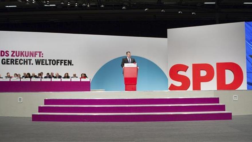 El SPD alemán someterá a sus bases una participación directa en combate en Siria