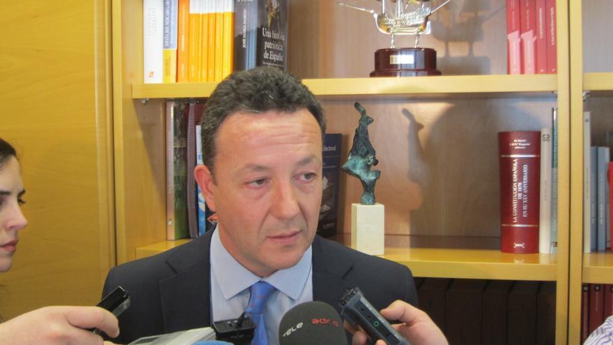 Henríquez de Luna cree que el sucesor de Aguirre ha ganado el debate y muestra agradecimiento del PP a la expresidenta