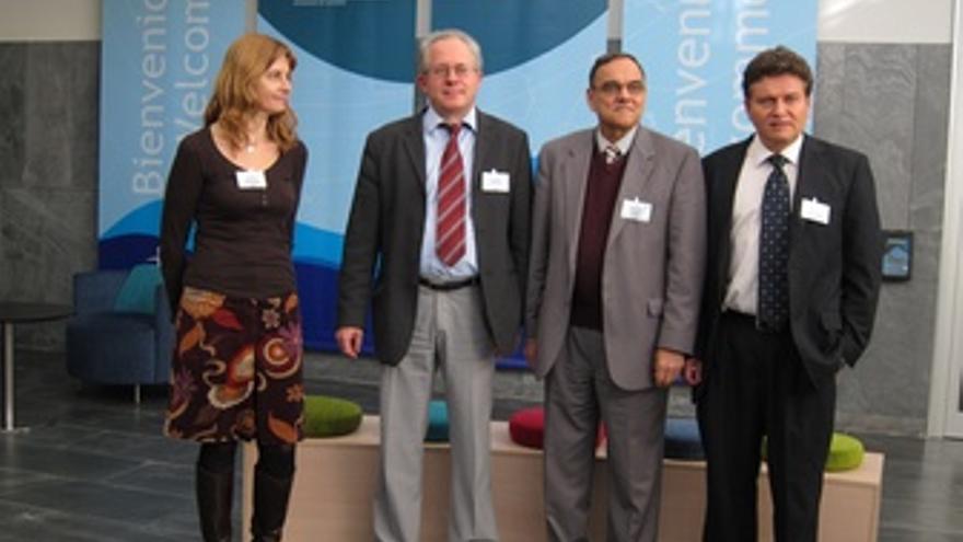 Investigadores Participantes En La Rueda De Prensa