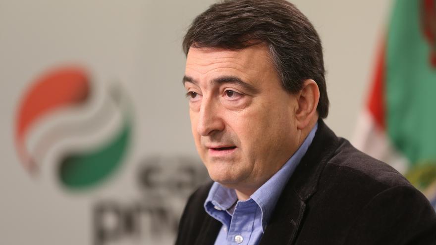 """PNV lamenta que la declaración de Rajoy no haya servido """"para despejar las muchas dudas"""" sobre la financiación del PP"""