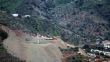 La perforación del pozo paralelo al de Julen alcanza los 52 metros tras una nueva noche de trabajos