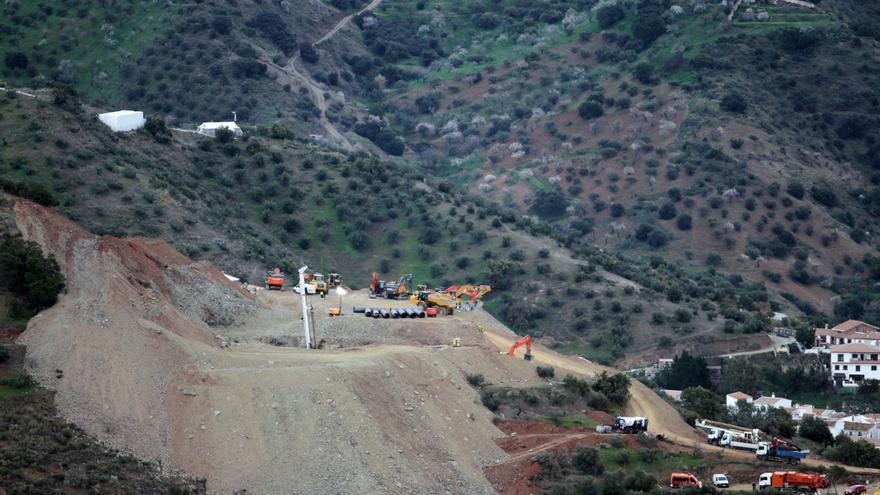 La perforadora alcanza los 33 metros de profundidad para rescatar a Julen