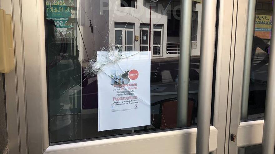 Acto vandálico en la sede de Podemos Fuerteventura.