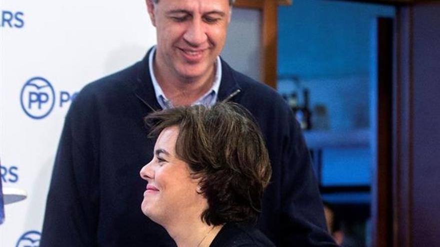 La vicepresidenta Sáenz de Santamaría y el candidato del PP García Albiol
