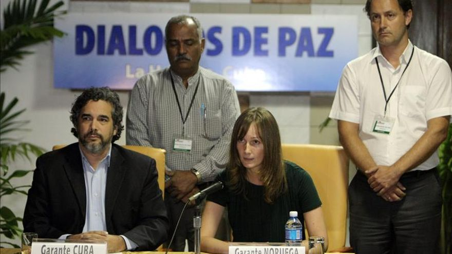 Los garantes del proceso de paz colombiano llaman a un acuerdo para una tregua bilateral
