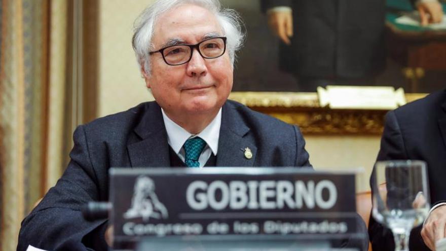 """Castells eliminará la figura del """"falso profesor asociado"""" en la Universidad"""