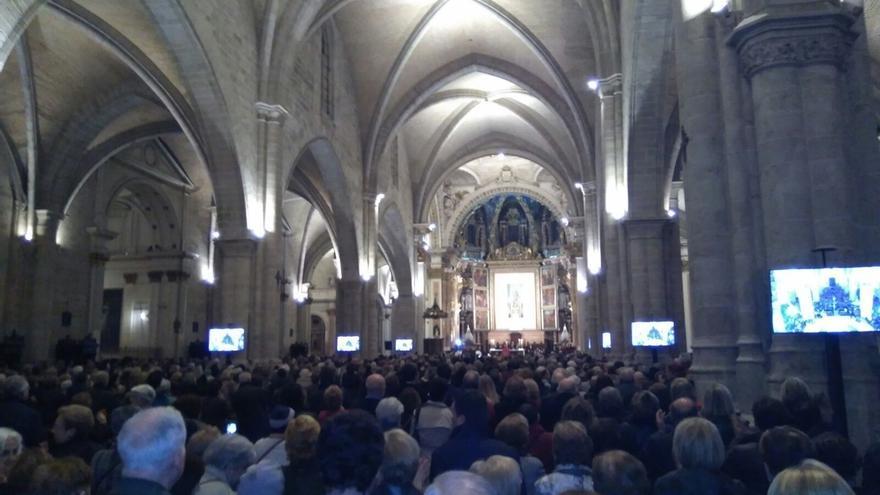 Un funeral en la Catedral de Valencia recuerda a Barberá con presencia de Aznar, exministros y la dirección de PPCV