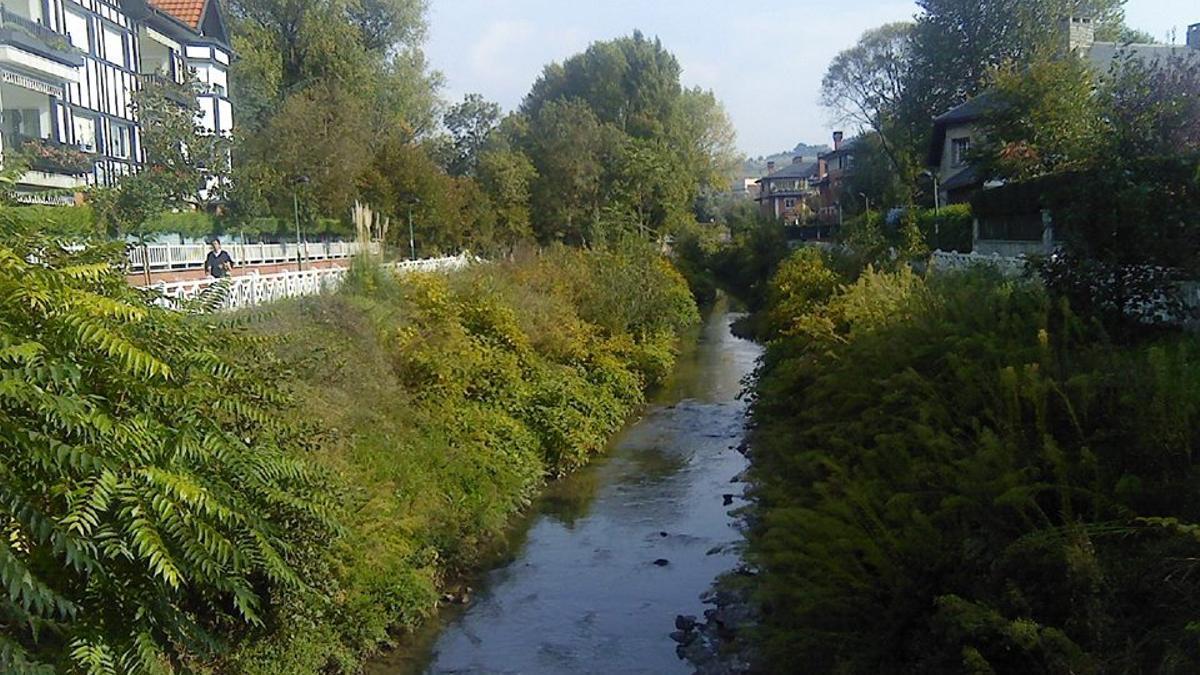 El cauce del río en Gobela