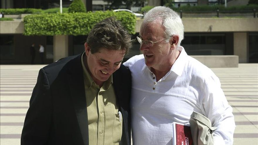"""Cayo Lara tacha a Aguirre de """"cazamangantes"""" y reclama el voto útil para IU"""