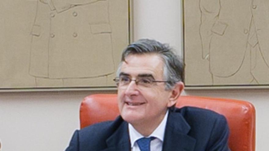 Sánchez (PP), que alquiló un despacho a De la Serna durante unos meses, explica que no compartió ningún negocio con él