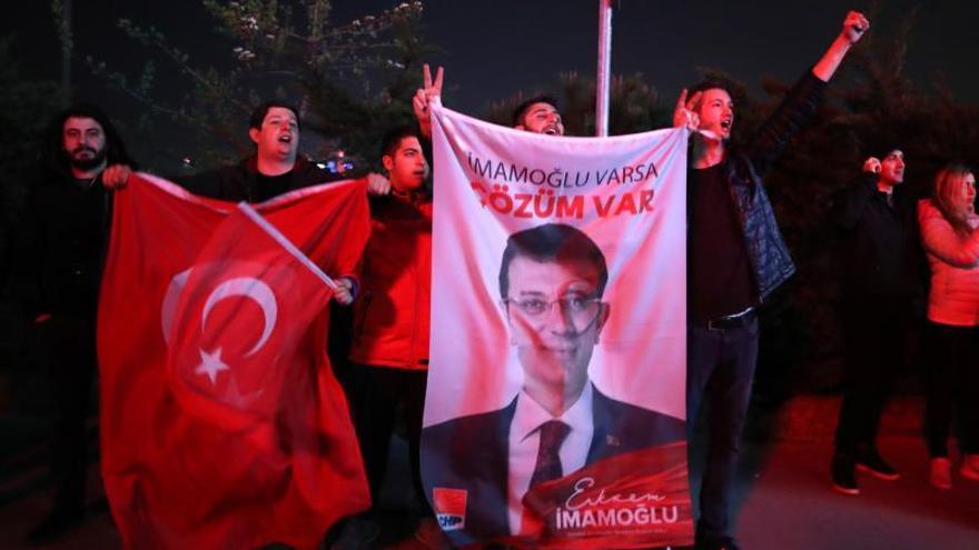 La oposición declara la victoria en la alcaldía de Estambul, en manos islamistas desde 1994