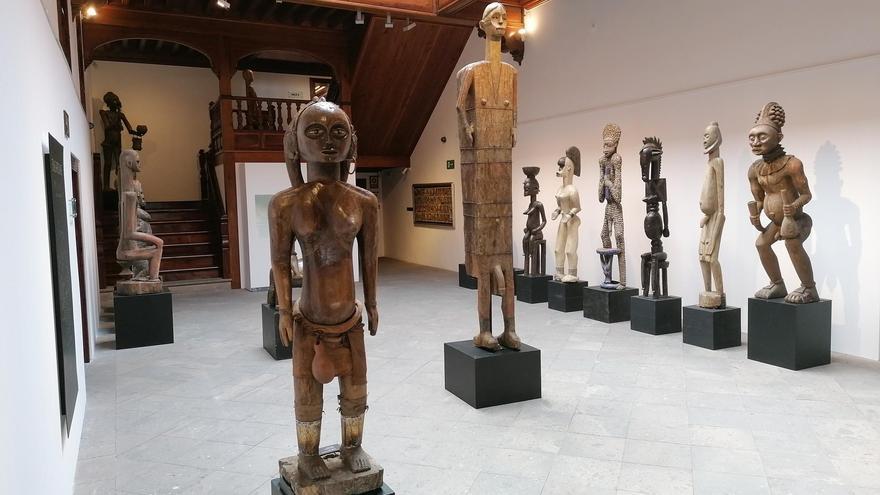 Exposición 'África-Babel. El arte de un continente'  en el Espacio Cultural CajaCanarias La Palma.