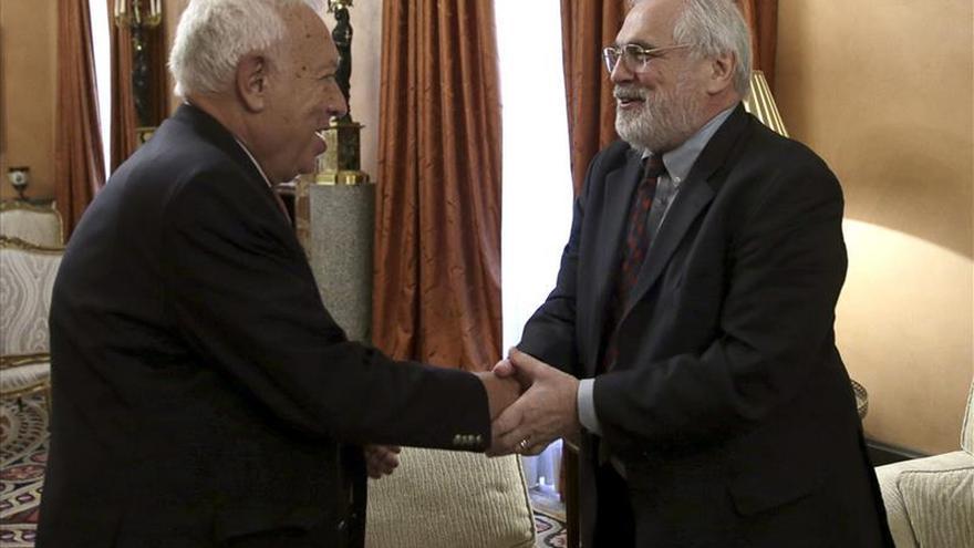 Margallo traslada a Ross que España aumentará su ayuda a los campamentos de Tinduf