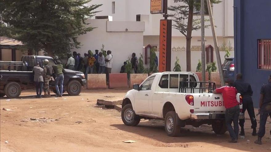 Al Murabitun y Aqmi reivindican el ataque contra el hotel de Bamaco