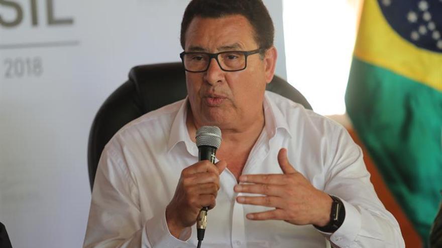 Ministro de Defensa ratifica su apoyo a una campaña contra la violencia a la mujer en Perú
