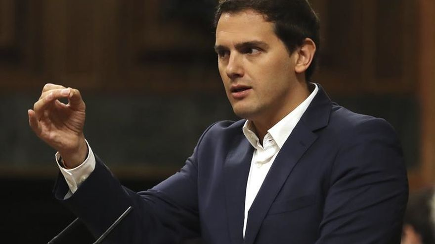 """Rivera: El futuro de España no se construye """"demoliendo"""" lo conseguido"""