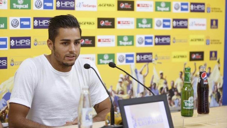El lateral de la UD Las Palmas, David Simón, tras el entrenamiento. (Página oficial UD Las Palmas).