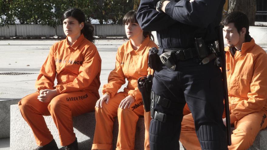 """Posada admite un """"fallo de seguridad"""" en el Congreso y se investigará cómo fue posible la acción de Greenpeace"""