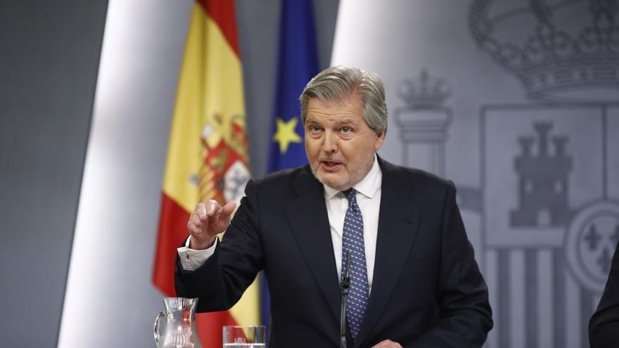 El Gobierno llama a Puigdemont a la racionalidad:Con su ley le valdría un solo voto para proclamar la república catalana