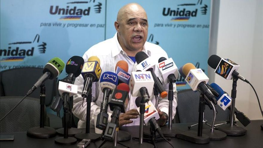 Oposición venezolana dice que la carta de Almagro demuestra que el país es observado