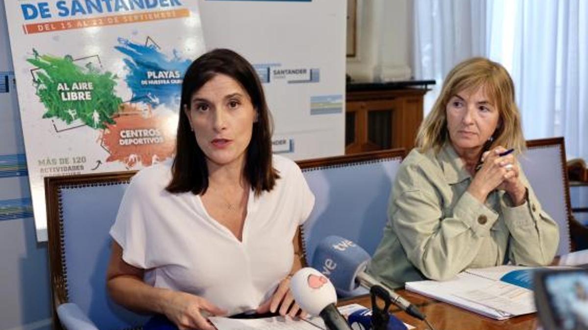 María Luisa Sanjuán en una imagen de archivo junto a la alcaldesa, Gema Igual.