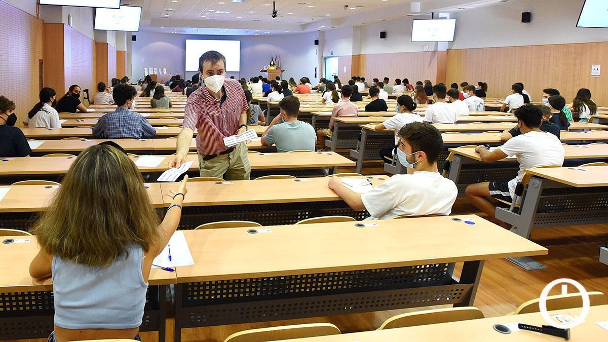 Estudiantes en las pruebas de la Pevau 2021