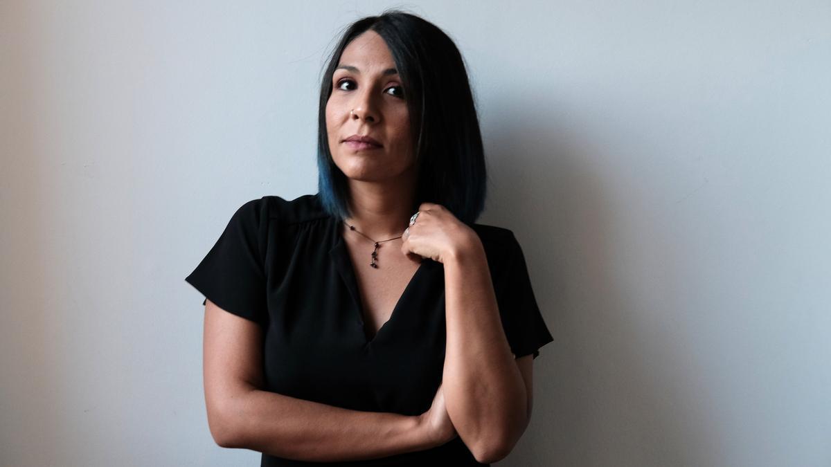 "Ale Oseguera, autora de ""Realidad en mono""(Aloha, 2020)"