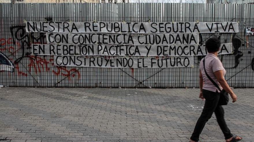 Pancarta en una calle de Caracas (Venezuela)