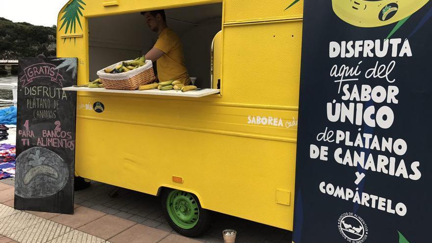 Camioneta para la promoción del plátano canario en la prueba del Sella, este sábado