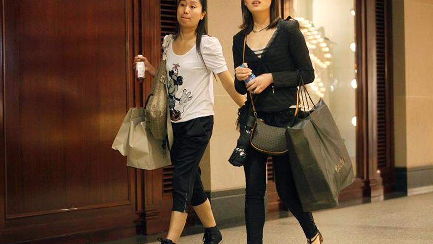 Las ventas minoristas en China suben el 9,7 % en enero-febrero