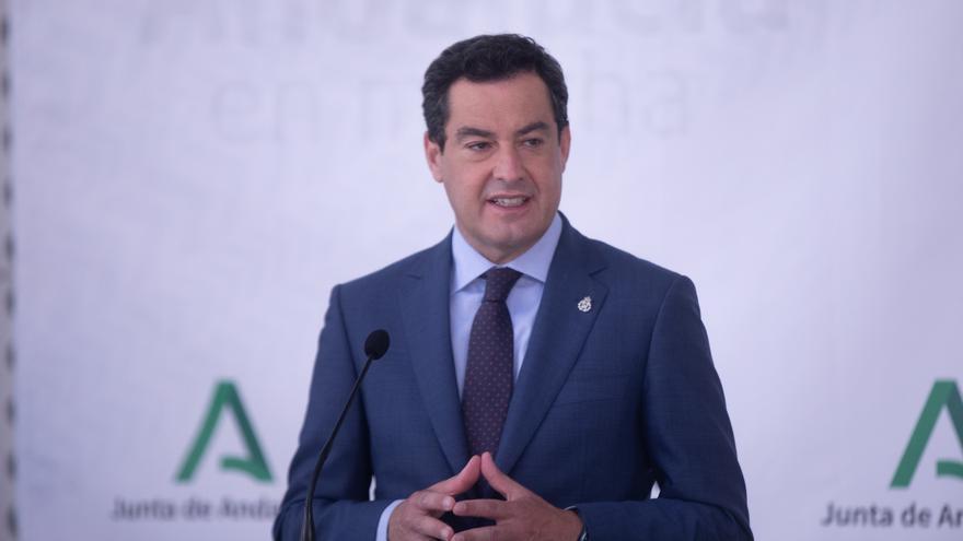 El presidente de la Junta de Andalucía, Juanma Moreno, presenta el proyecto del nuevo Hospital Cartuja-Macarena, siendo el primer acto público después de superar el Covid a 07 de junio del 2021 en Sevilla, Andalucía
