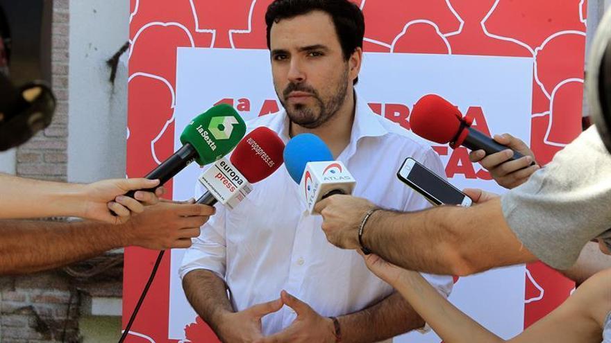 """Alberto Garzón pronostica que Rajoy """"hará su papel"""" en el juicio de Gürtel"""