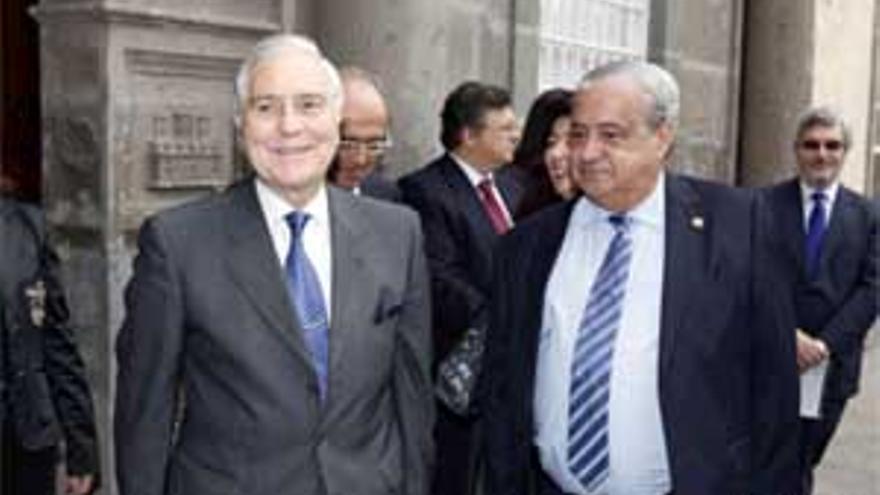 Carlos Dívar y Antonio Castro Feliciano. (ACFI PRESS)
