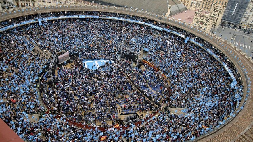 El PP llenó la plaza de toros de Valencia para el mitin de las elecciones generales de  2011