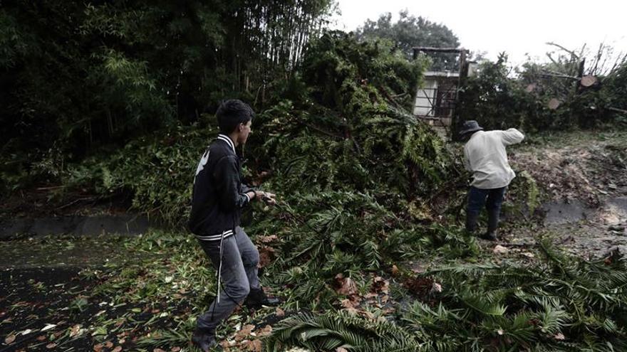 Una onda tropical provoca inundaciones y un desaparecido en Costa Rica