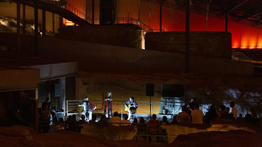 Vuelven las visitas nocturnas al yacimiento de la Cueva Pintada de Gáldar