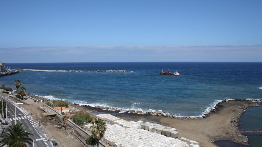 En la imagen, obras en el frente marítimo de la capital.