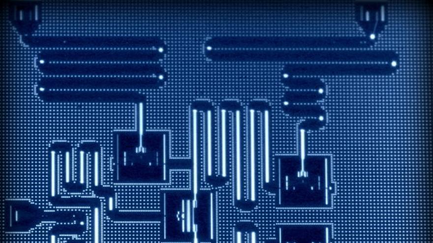 IBM te deja jugar con su ordenador cuántico