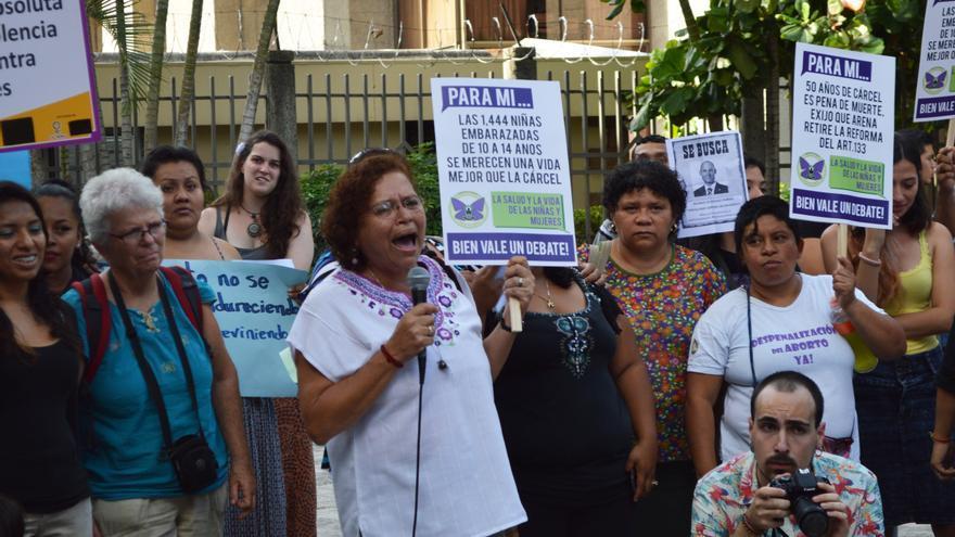 Morena Herrera, en una acción de calle.
