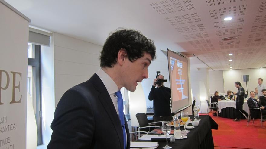 """Rementeria dice que, si hubiera unas terceras generales, la sociedad debería """"inhabilitar"""" a los grandes partidos"""