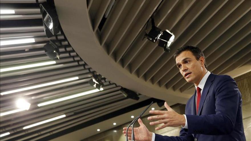 """Sánchez ve difícil el cambio si la izquierda va """"dividida"""" a las elecciones"""