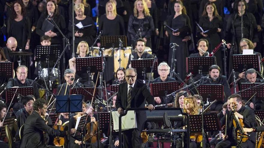 Morricone deleitó con un concierto en el Vaticano a personas necesitadas