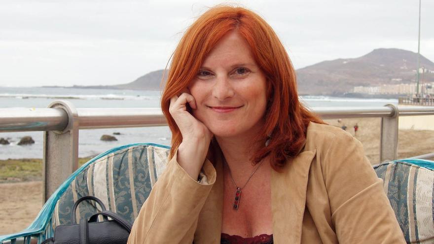 La escritora Dolores Campos-Herrera.
