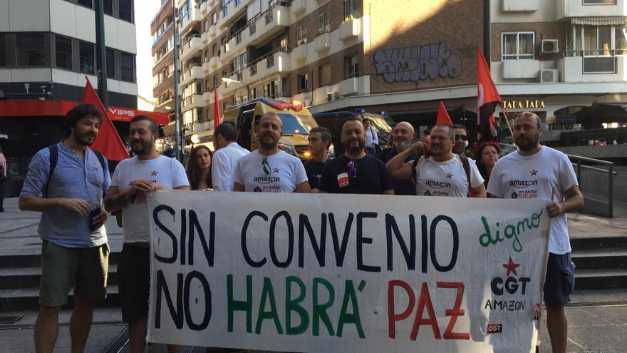 Concentración en las puertas del juzgado de representantes sindicales de Amazon