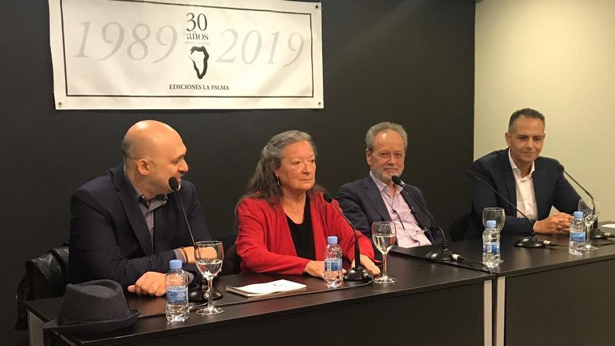 Un momento del acto del 30 aniversario de Ediciones La Palma.