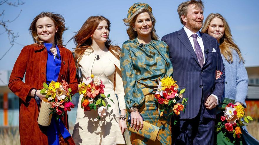 La popularidad de la familia real neerlandesa sigue en horas bajas