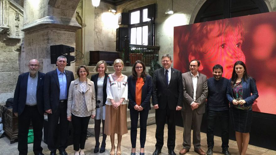 El Consell durante la presentación del vídeo 'Orgull de ser valencians'