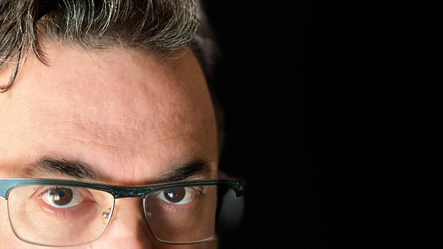 El palmero Luis Carlos Castañeda publica la novela 'Cuando venga el rey'